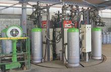 6連式全自動ガス充填機